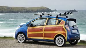 llevar tabla de surf en el coche