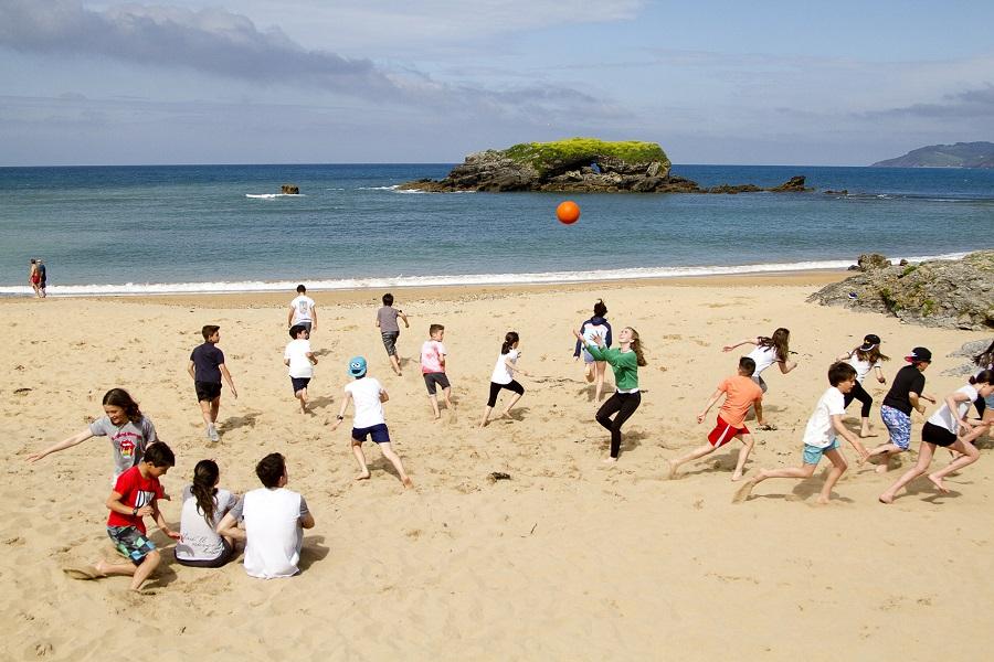 también hubo tiempo de jugar en la playa.